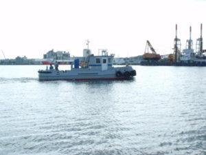 東北ポートサービス㈱殿 作業船「おおるり」